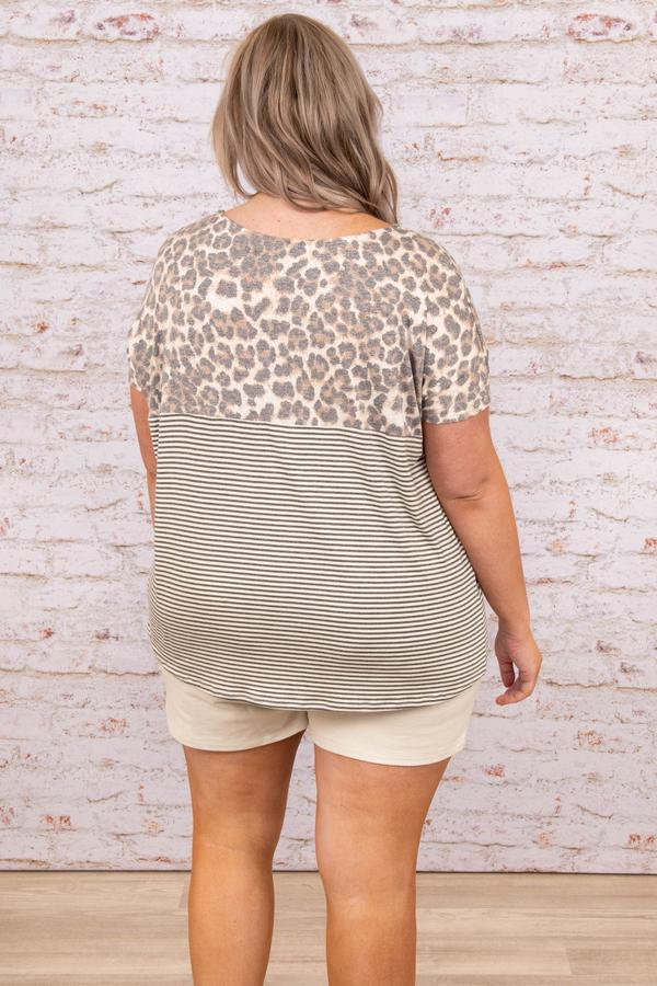 top, casual, gray, leopard, short sleeve, striped