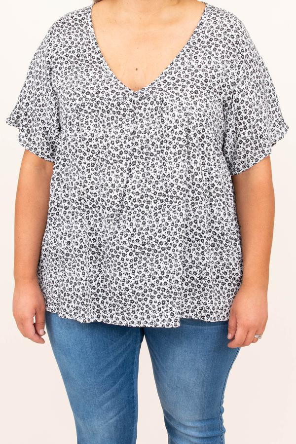 top, blouse, casual, floral, short sleeve, black, white, comfy, flowy