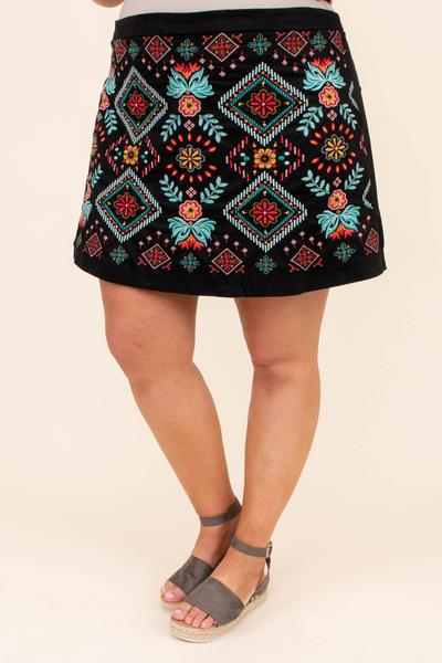 skirt, above the knee, straight fit, black, embroidered, black, blue, red