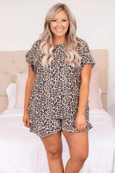top, short sleeve, ruffle detailing sleeve, leopard, brown, loose, comfy, lounge wear, lounge top