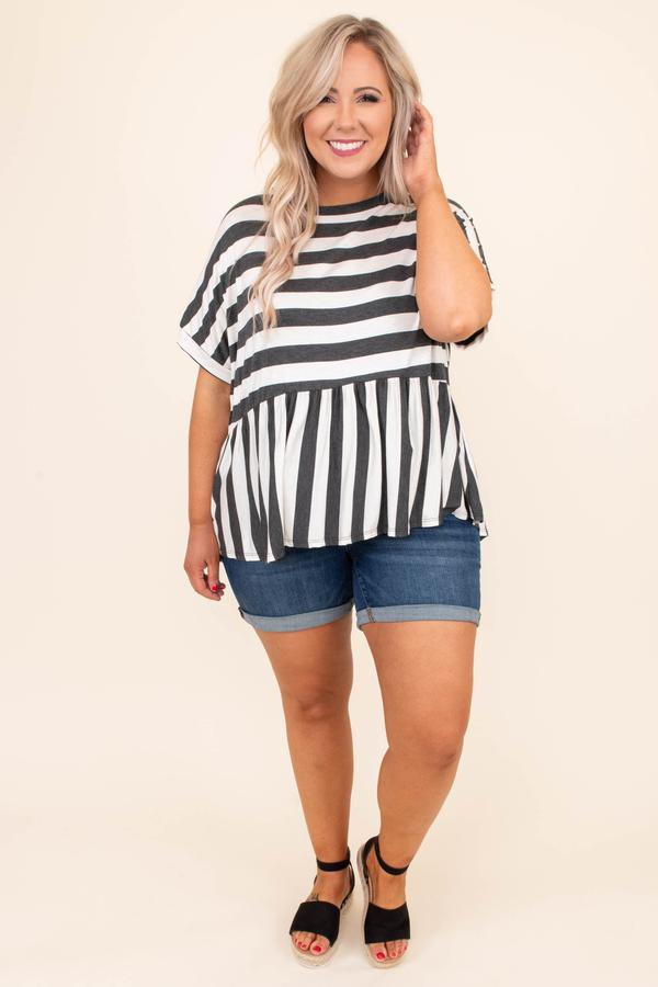 shirt, short sleeve, babydoll, longer back, flowy, charcoal, white,, striped, comfy